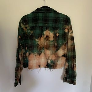 Mossimo Supply Co. Tops - Green Bleached Cropped Button Down Flannel